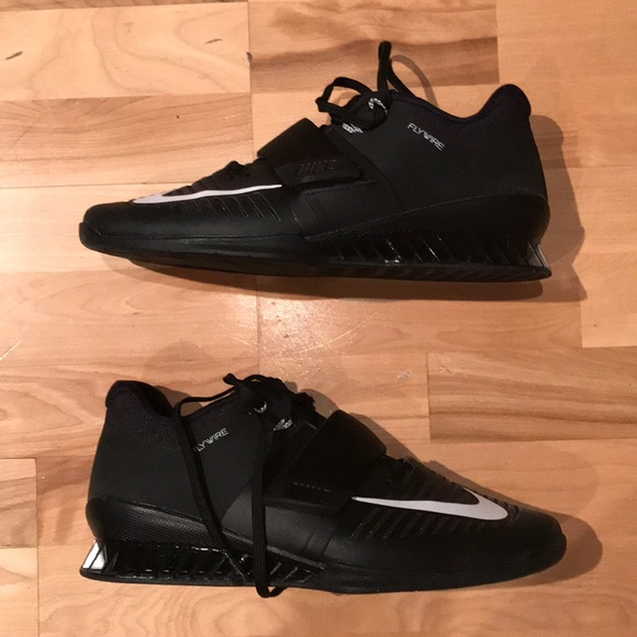 Nike Romaleos 3 Weightlifting Shoes sz 9